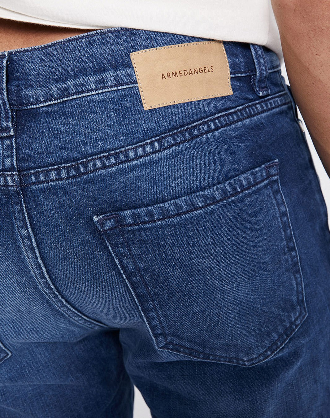 Ian Slim Fit Jeans
